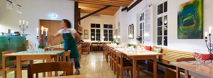 Vinothek Weinstube Und Restaurant Fellbach Uber Uns